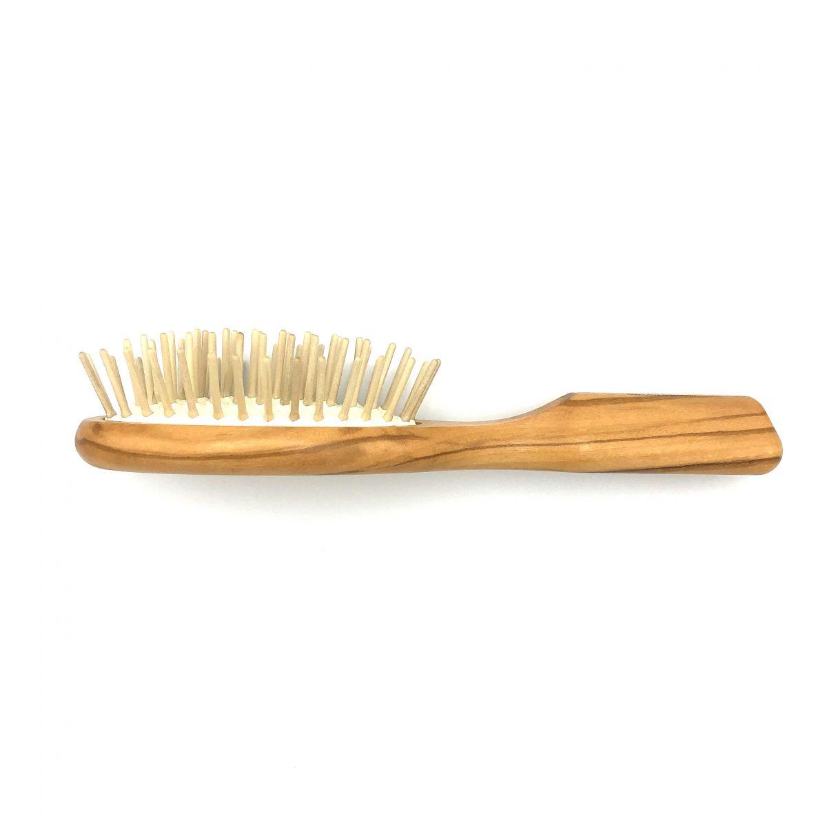 Haarbürste Olivia klein oval mit Holzstiften