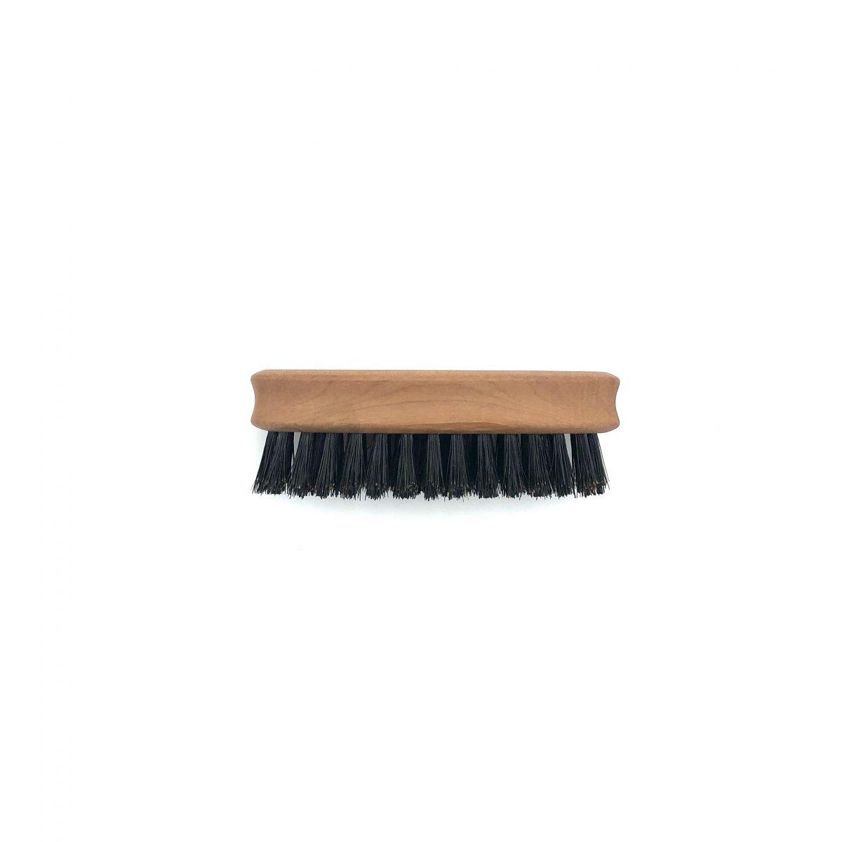 Bartbürste mit mittelfesten Wildschweinborsten