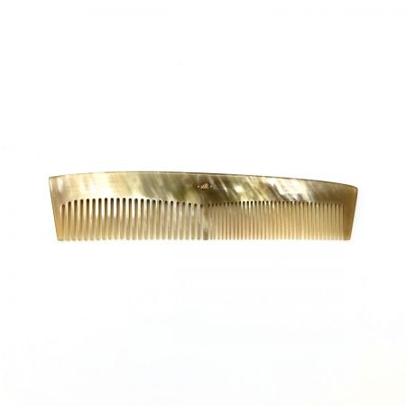 Frisierkamm 17 cm aus hell gemasertem Rinderhorn